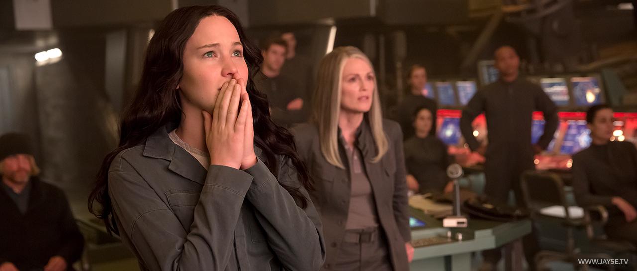 mockingjay_1_Katniss_jayse_hansen